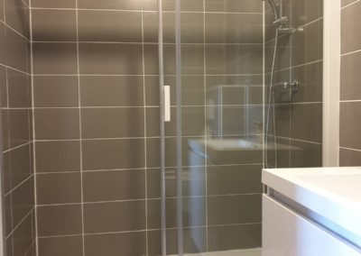 Private bathroom - shower
